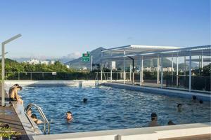 露天泳池/Outdoor Swimming Pool